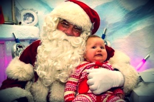 scared-baby-santa-elite-daily