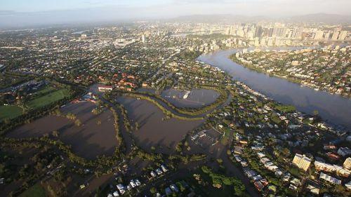 brisbane-floods-aerial-view