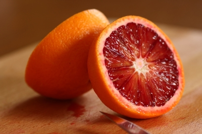 Blood-Orange-sliced-in-Half-iStock